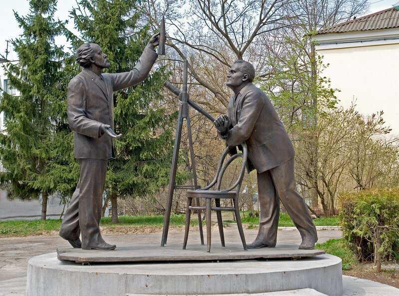 Встреча Константина Циолковского и Сергея Королева