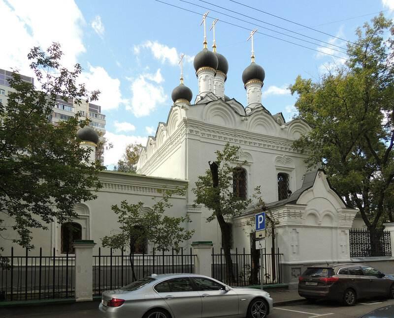 Свято-Николаевская церковь в Студенце