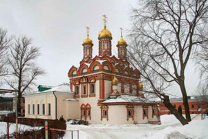 Свято-Никольская церковь в Берсеневке