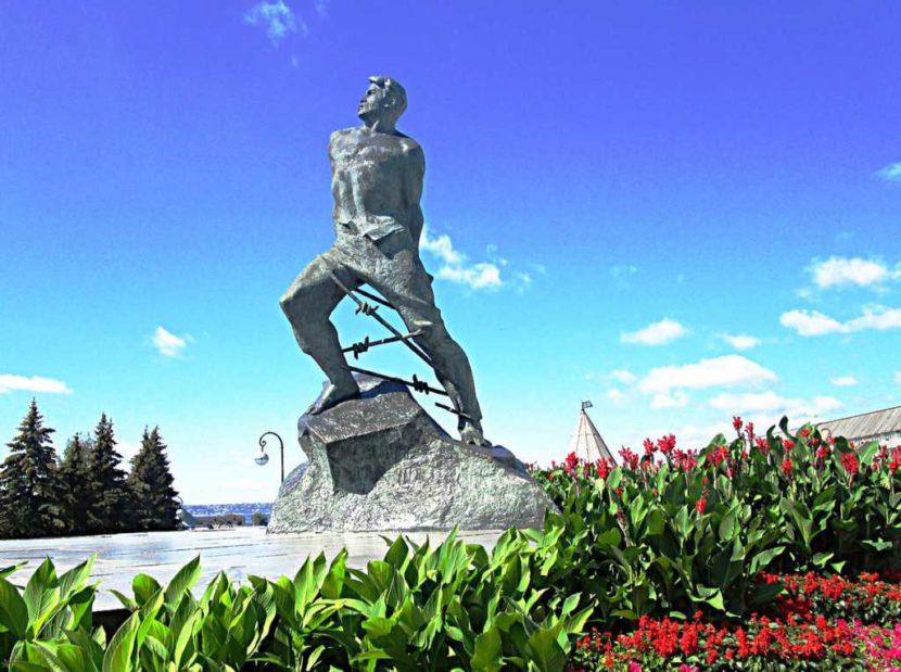 Памятник Мусе Джалилю