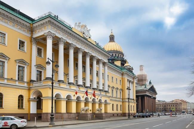 Санкт Петербурге