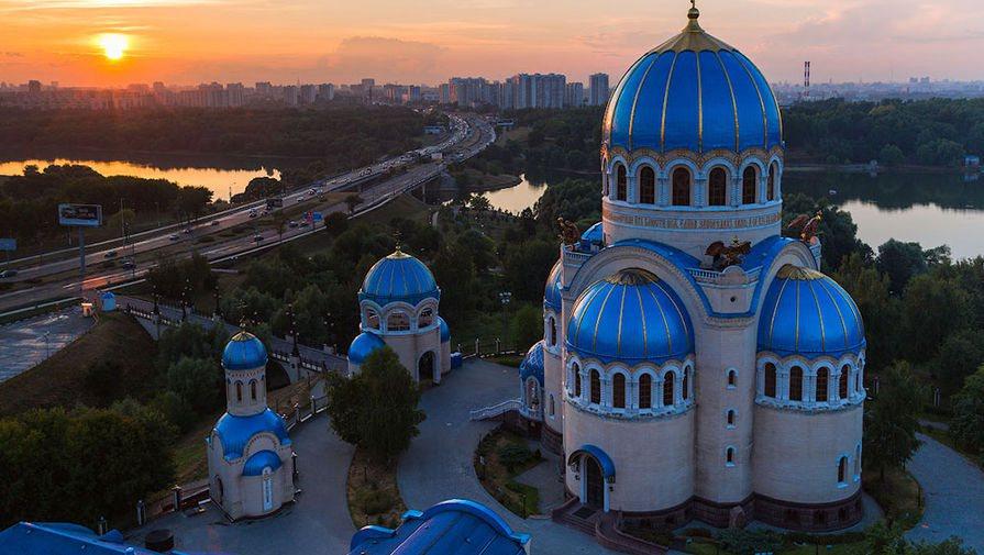 Троицкие Церкви на Борисовских прудах