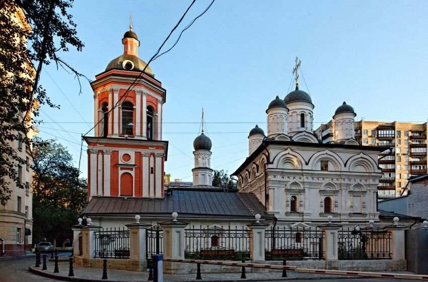 Церковь Святого Иоанна Апостола в Бронной Слободе