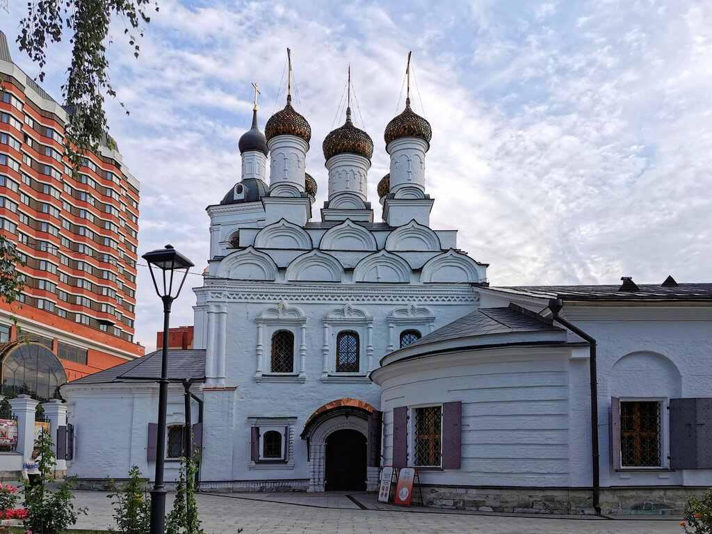 Церковь Святого Николая в Голутвине