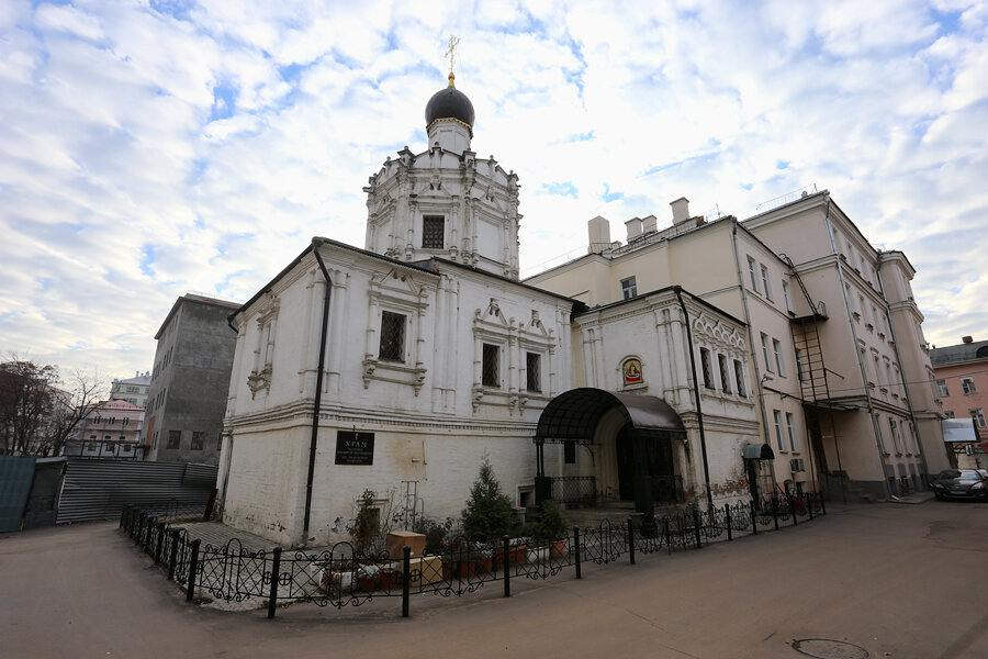 Успенская церковь в Чижевском подворье