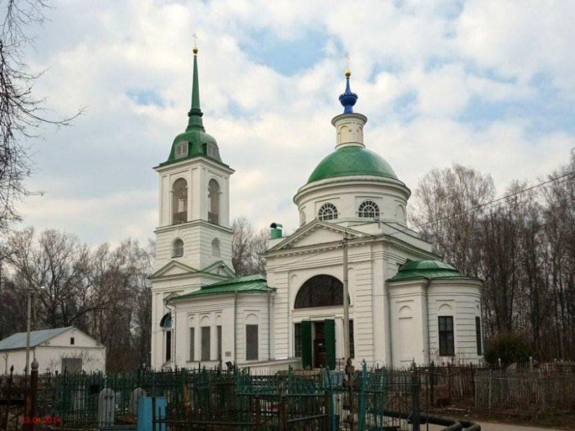 Спасская церковь и Спасское кладбище