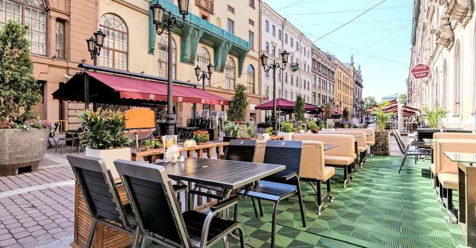Уличные кафе Петербург