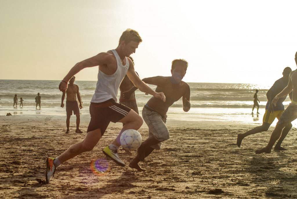 Пляжный футбол в Куте