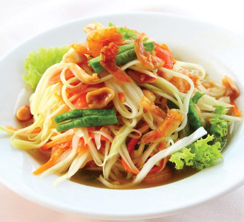Cом там (салат из зеленой папайи)