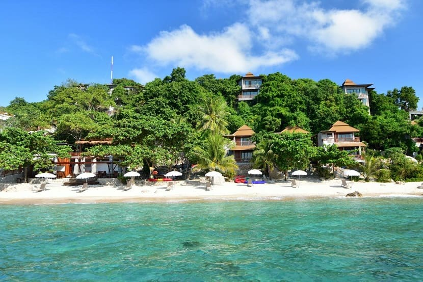 Sai Daeng Beach on Koh Tao Island