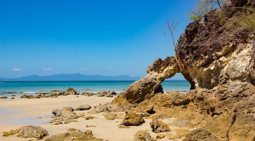 Ao Kwang Pib on Koh Fayam Island