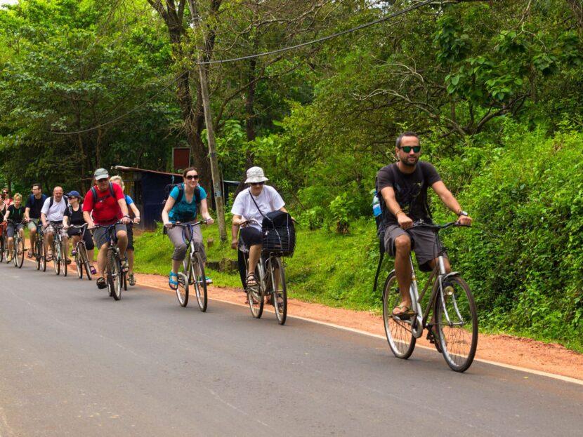 Лагуна и деревня Велоспорт