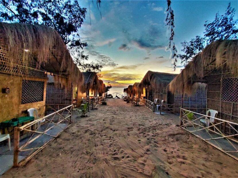 Paradise Beach Shack:
