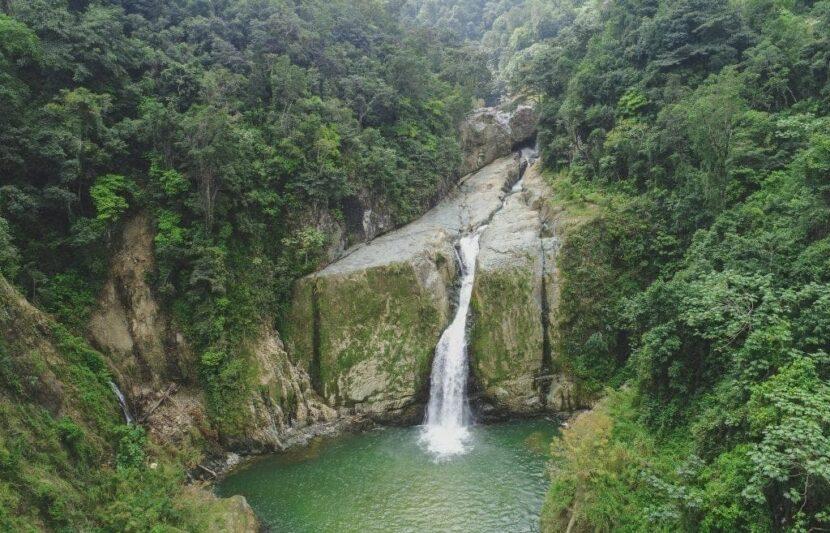 Водопад хименоа (Salto de Jimenoa)