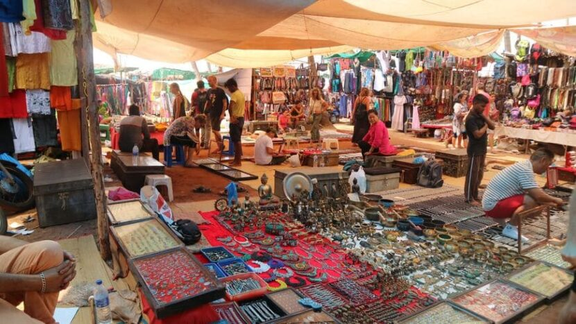 блошиный рынок Анджуны