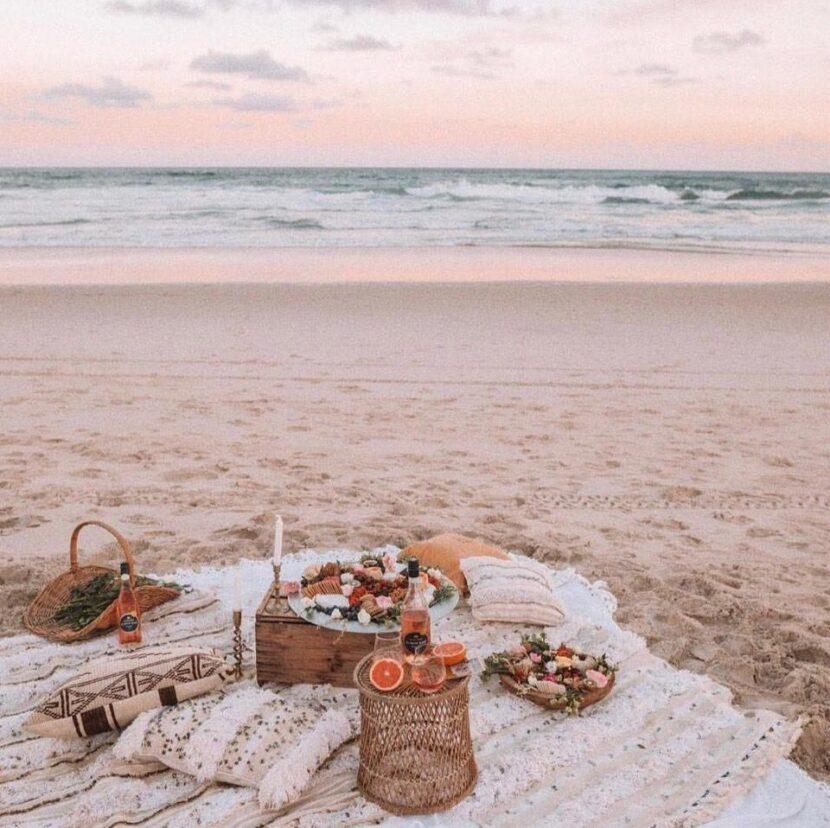 Пляжный пикник