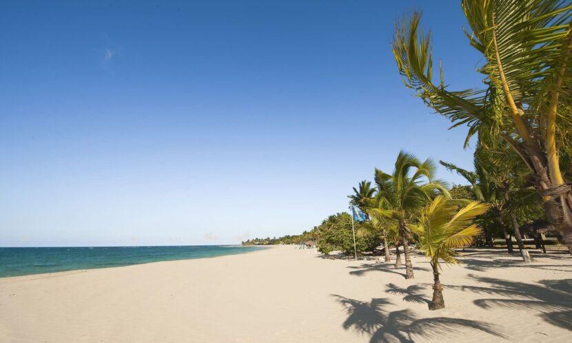Пляж Дорада (Playa Dorada)