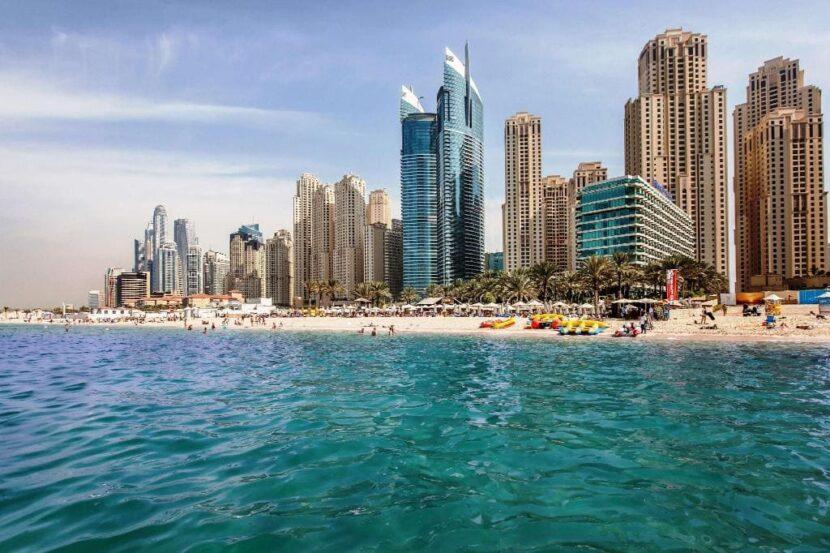 Hilton Dubai The Walk Beach Resort