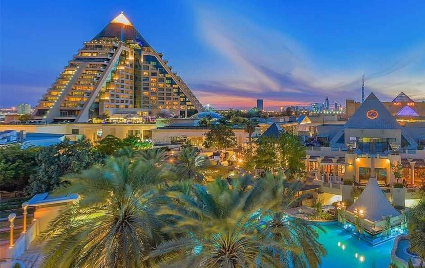 Пирамиды в Вафи