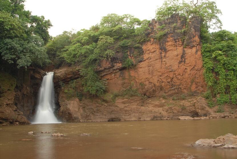 Arvalam Waterfall