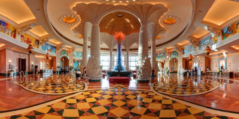 Atlantis Palm Hotel