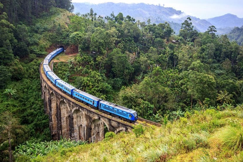 Travel routes in Sri Lanka