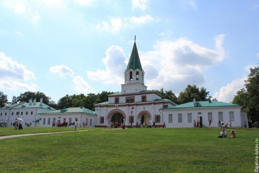 Главные ворота Коломенского