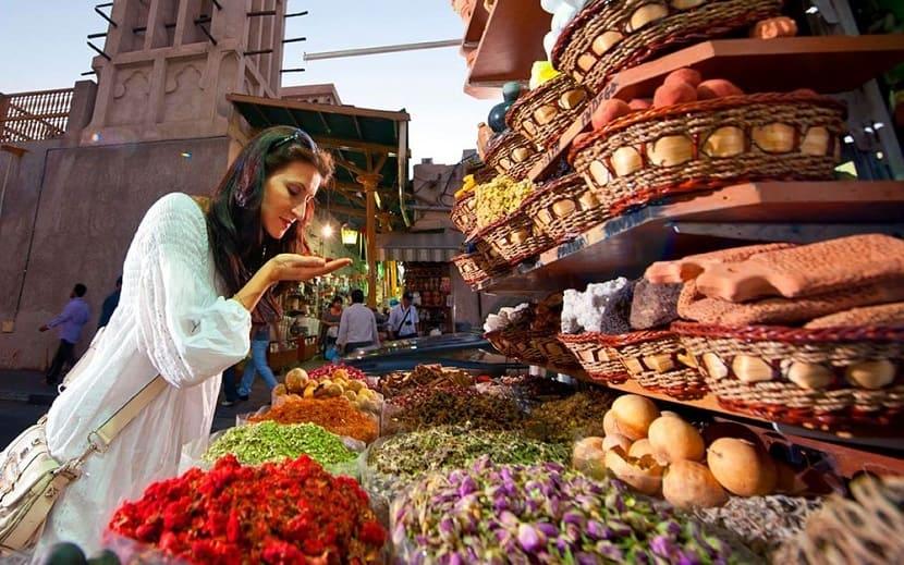 Дубайский рынок специй Souk Market
