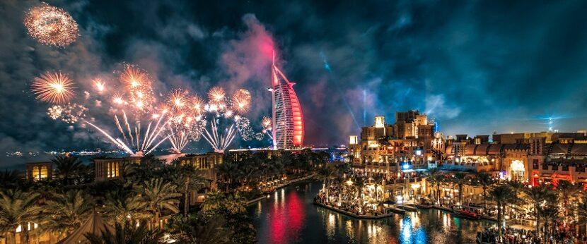 Дубайские фейерверки