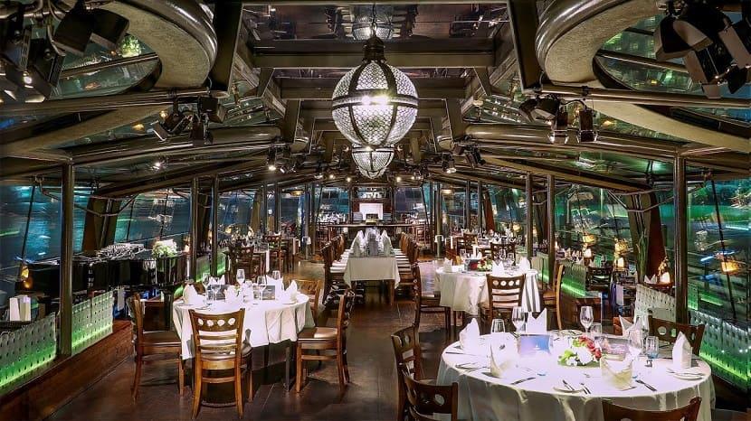 Круиз Bateaux Dubai Dinner Cruise