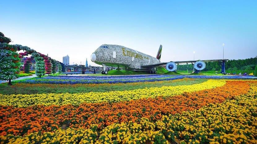 Эмирейтс А380
