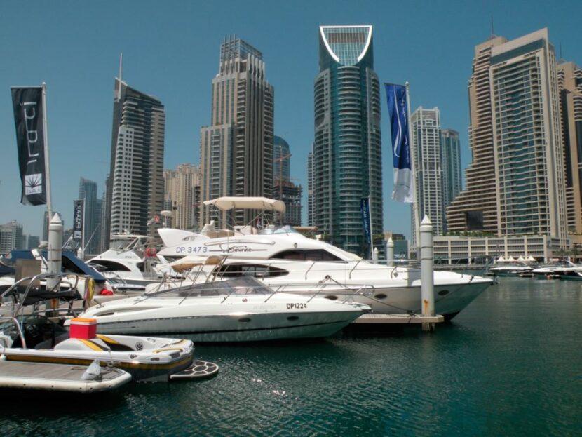 Как добраться до Дубайской пристани для яхт