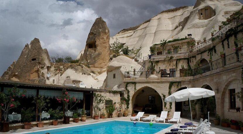 Отель Local Cave House