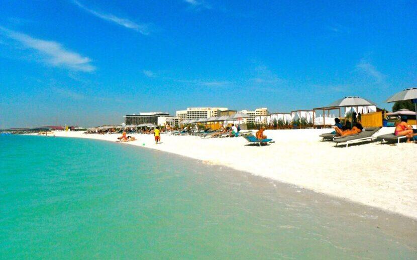 Пляжи Абу Даби - список с названием и описанием, фото [10 пляжей]