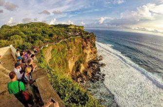 Храм Улувату на Бали - где находится, как добраться, стоимость посещения, фото