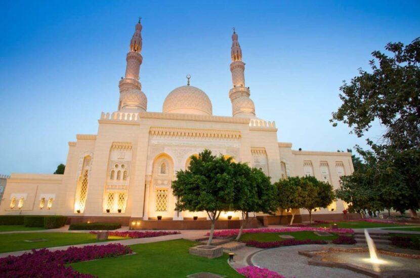 Мечеть Джумейра в Дубае - как добраться, режим работы, фото