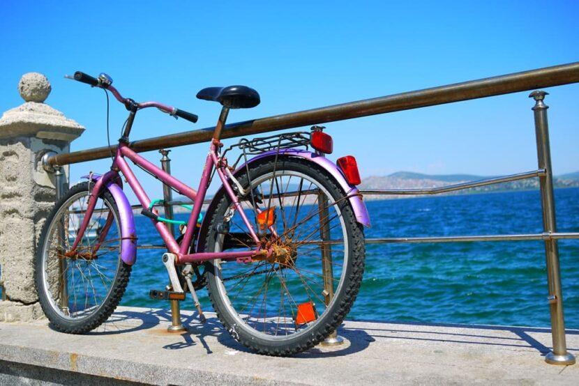 Велосипед на острове
