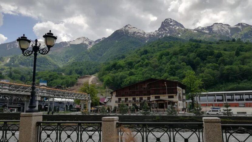 Эсто-Садок, Сочи