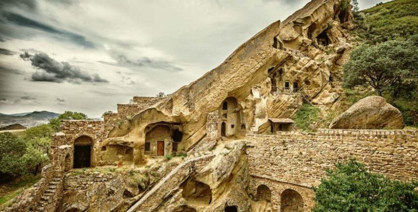 монастыри Давид-Гареджи Тбилиси