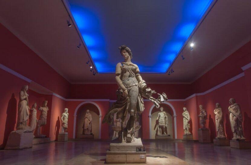 Музей Антальи изнутри