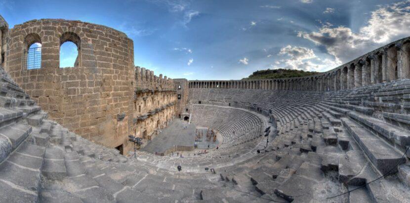 Римский театр в Аспендосе