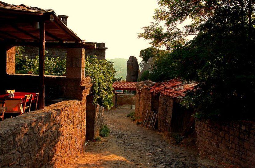 деревня Бехрамкале