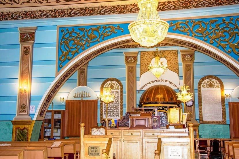 Большую синагогу Тбилиси