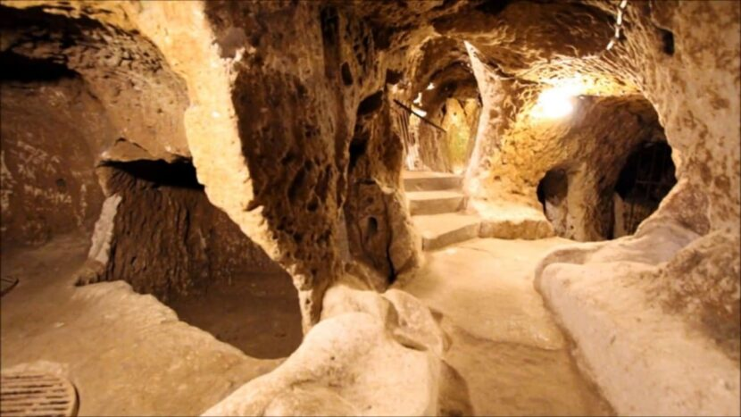 Подземный город Деринкую в Каппадокии