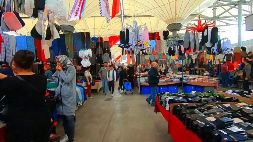 Кадыкей Салюичешме Блошиный Рынок (Кадыкей Вторник Рынок)