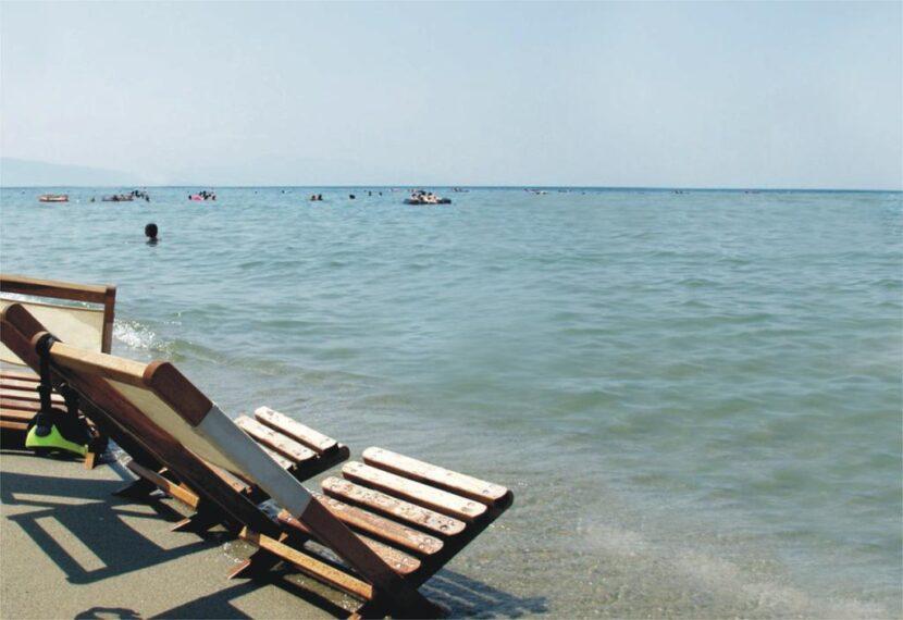 пляж Платан
