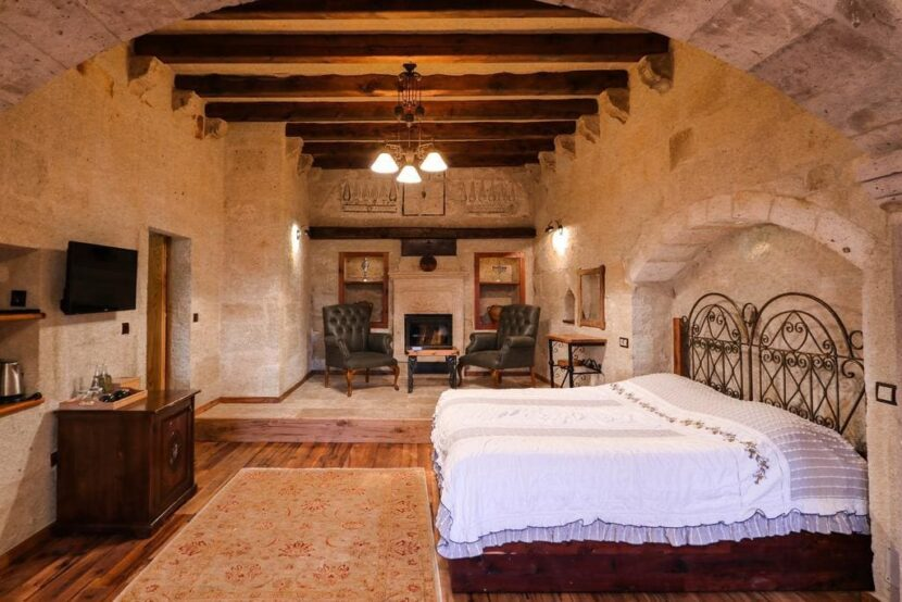 Sultan Cave Suites Hotel