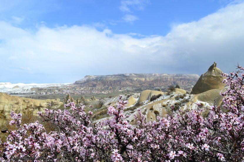 Весенний пейзаж Каппадокии