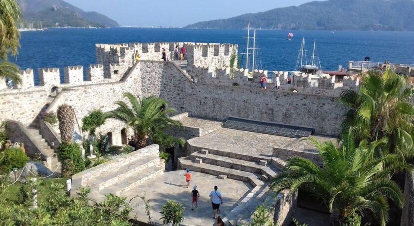 замок Мармариса