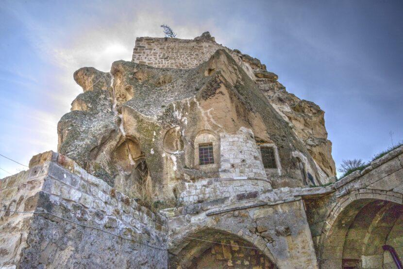 Замок Ортахисар